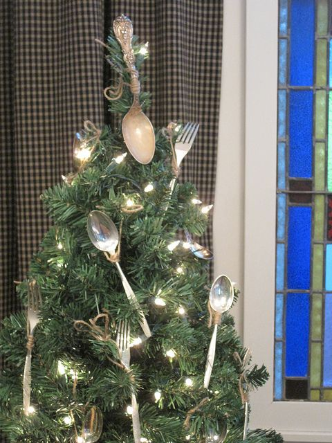 kitchen Christmas tree: Dining Rooms, Holidays Ornaments, Old Silverware, Small Trees, Christmas Trees Theme, Christmas Kitchens, Christmas Decor, Vintage Silverware, Kitchens Theme