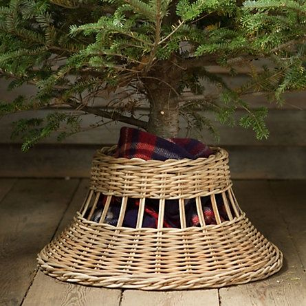 An interesting idea for a Christmas Tree Skirt.
