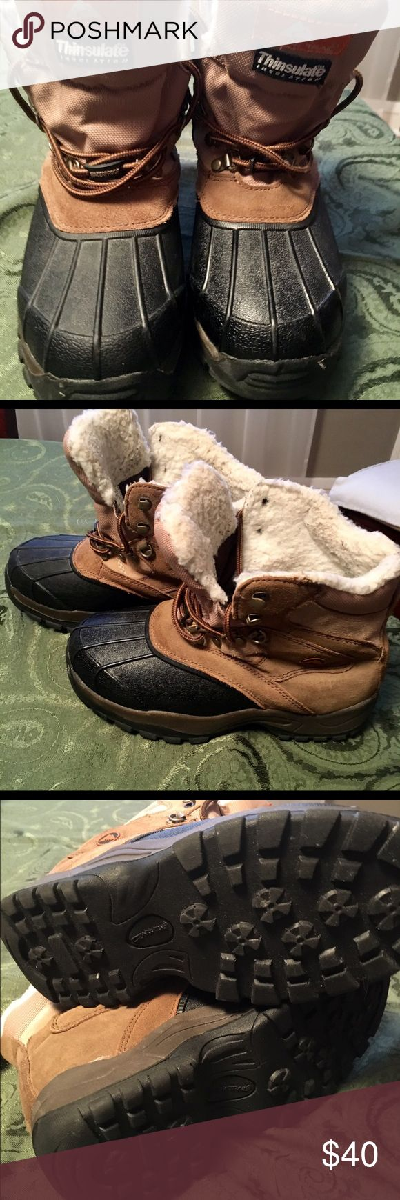 "Leather Upper ""Duck Boots"" Women's Relatively New Ozark Trail W/ Thinsulate         8"" Tall Duck / Mud Boots.  Leather Upper, Thick Rubber Bottoms Ozark Trail/Thinsulate Shoes Winter & Rain Boots"