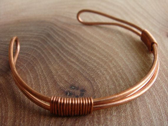 Copper Bracelet / Copper Bangle with triple band and a twist. [Copper Jewellery by Derek McQueen]