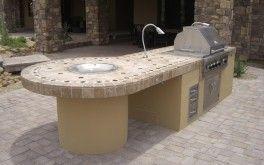 Phoenix Outdoor Living Patios: Eingebautes Grilldesign