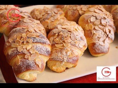 ▶ Les Croissants aux amandes - أحسن وصفة لتحضير كرواصة سهلة ولذيذة جدا - YouTube