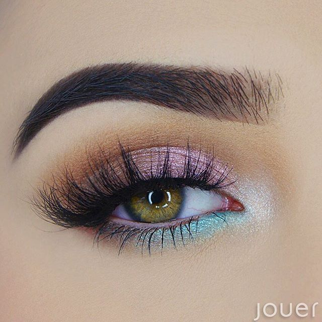 perfect pastel summer eye @maumauve: iridescent mermaid makeup | #pink #turquoise no eyeliner, warm crease