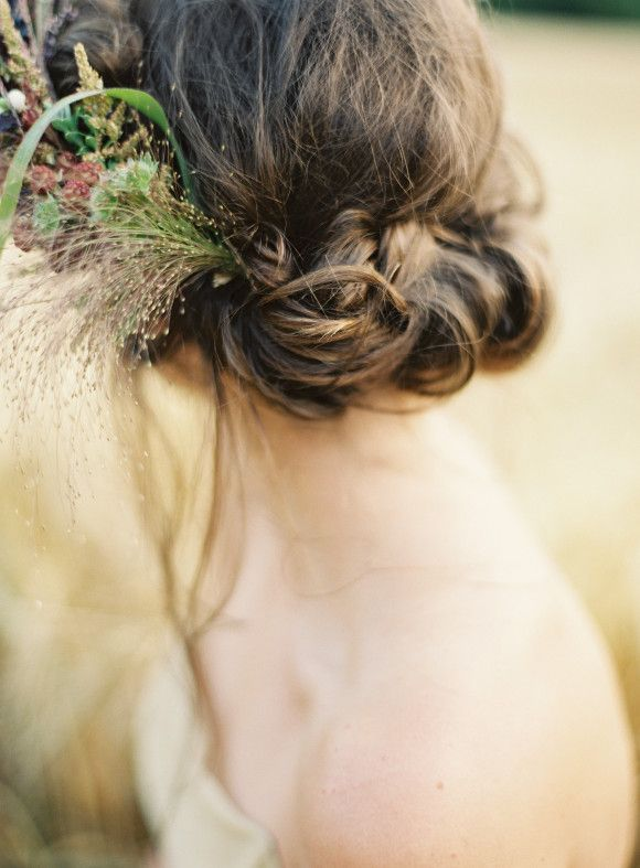 Wild Irish organic wedding inspiration via Wedding Sparrow blog