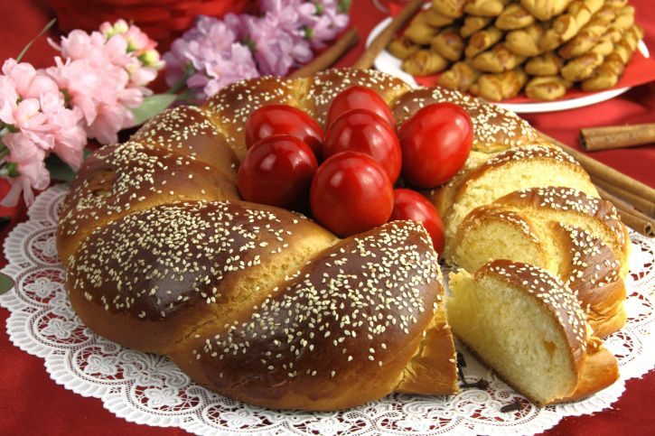 This Greek sweet Easter bread recipe will make for a quick, easy, and delicious breakfast snack on Easter morning.