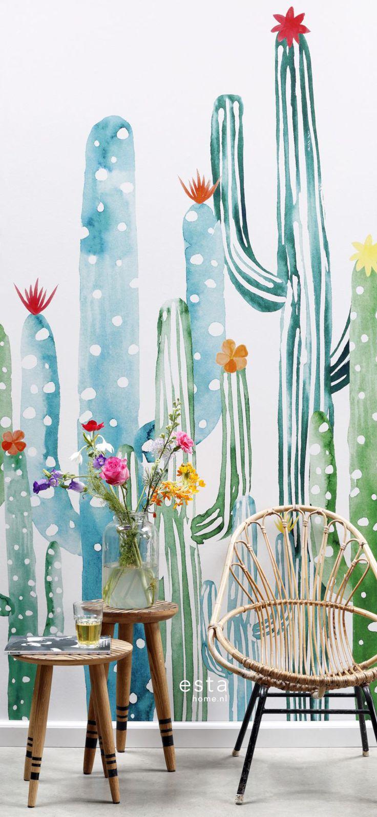 ESTAhome Greenhouse - Groen, groener, groenst... ESTAhome.nl's nieuwe behangcollectie Greenhouse speelthelemaal in op de botanische trend van nu. Lichte kleuren, natuurlijke materialengecombineerd met lekker veel planten. Met Greenhouse haal je als ware buiten naarbinnen!
