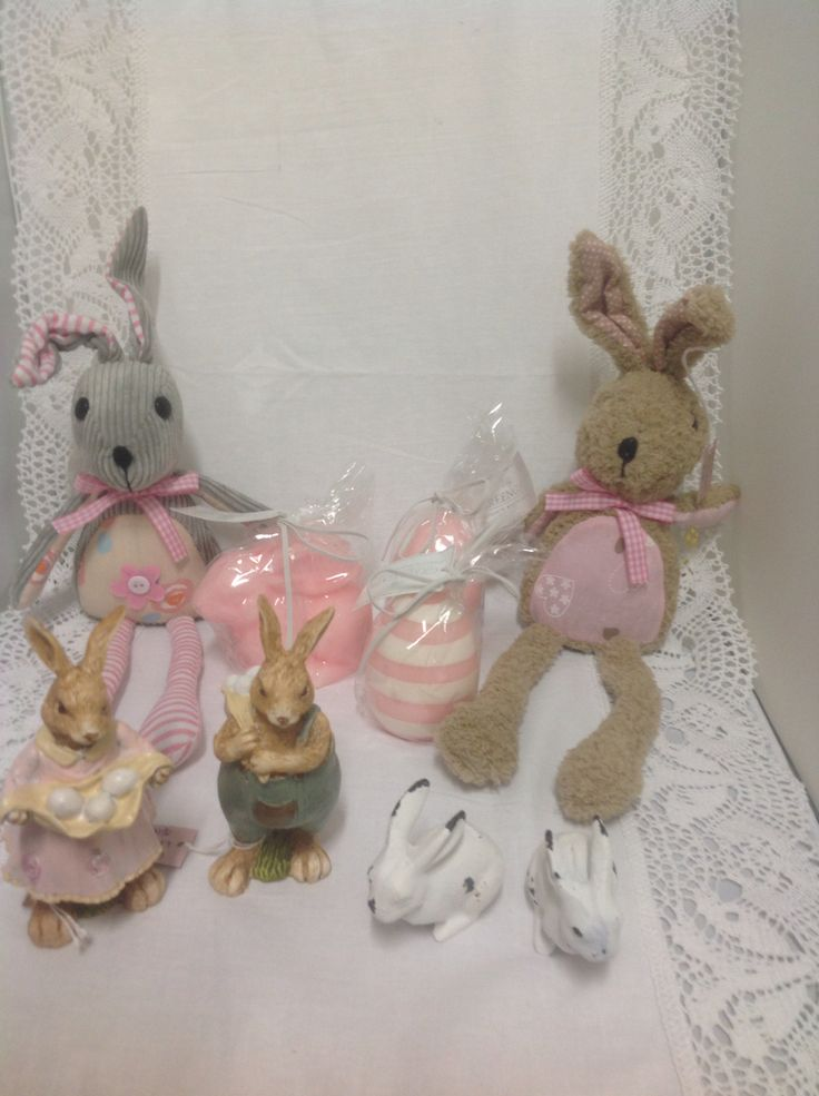 150 best carols classic gifts decor shop 65a hollywood plaza easter surprises negle Gallery
