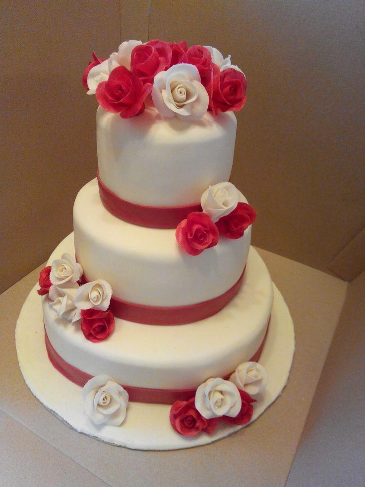 Розы белые и красные #торт_на_заказ_киев #ярусные
