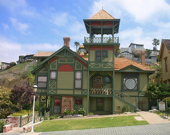 Eras of elegance victorian architecture greek revival for Eastlake house plan