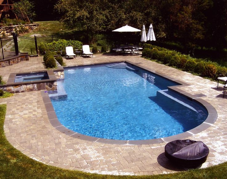 best backyard pools design with double sunbed and umbrella design for small inground pools for small