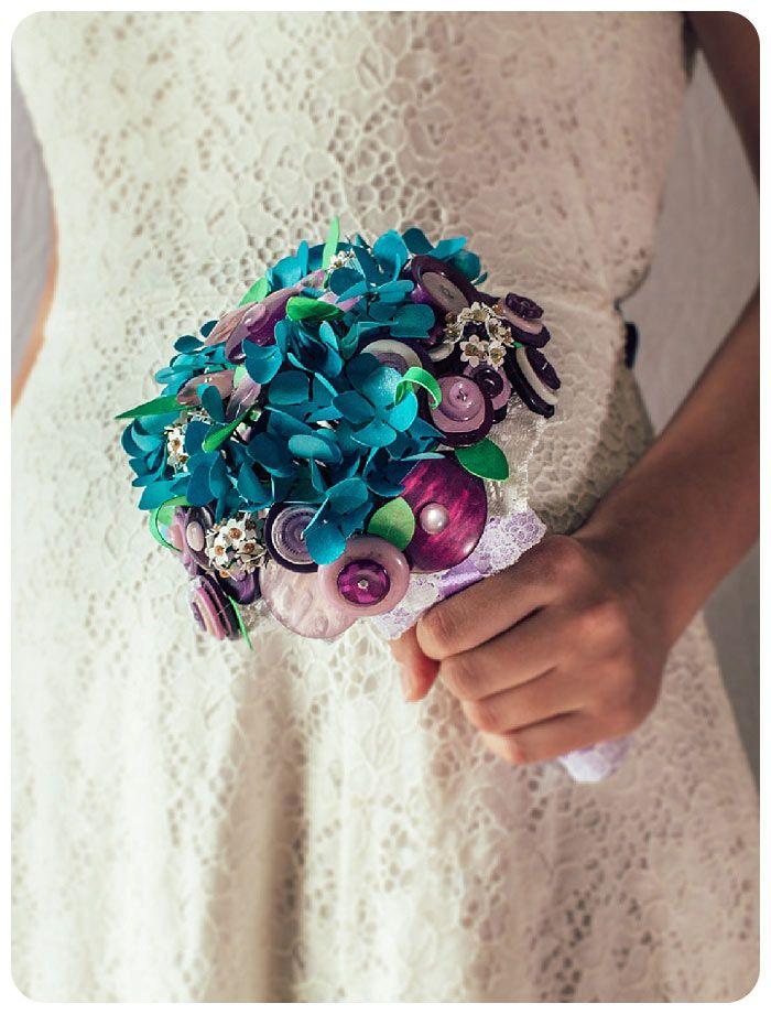 Borsetta bottoni #tipologiebouquet #bouquetbottoni #bouquet #bouquetsposa #unusualbouquet #bouquetalternativi
