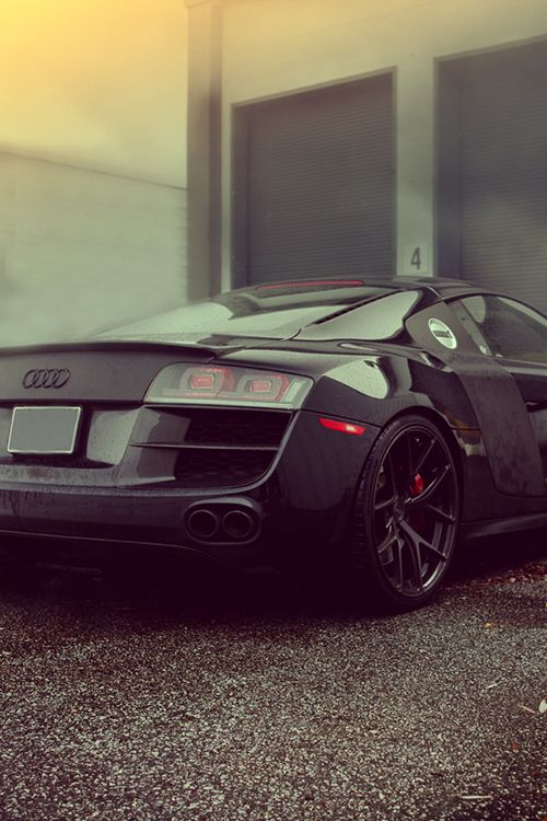 Amazing All Black Audi R8