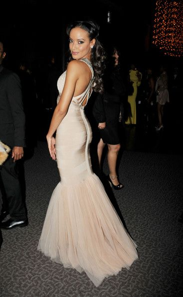 Selita donned this gorgeous mermaid bandage gown for the NAACP Theatre Awards in LA.  Brand: Herve Leger by Max Azria