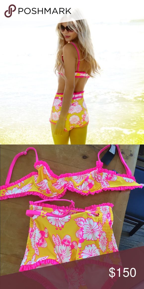 New🌴Marc Jacobs Bikini✨petite💗 high waist💖 Brand new! Amazing tropical💖 bikini🌟 Marc by Marc Jacobs, size P/TP so Xs-small. Ruffles🌺 underwire🌙stunning! #wildfox, urban outfitters, anthropology, free people, acacia, vintage style, tropical, Hawaii, print, 60s, 70s Marc By Marc Jacobs Swim Bikinis