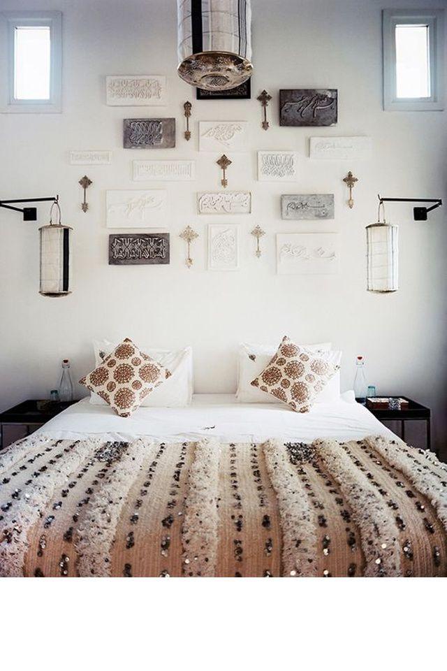 Une chambre métallique d'inspiration marocaine
