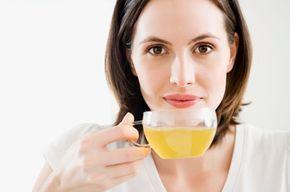 Blasenentzündung – die zehn besten Hausmittel - Ständig drückt die Blase, das Wasserlassen tut extrem weh. Bei einer Blasenentzündung ist schnelle Hilfe wichtig, bevor sich die Bakterien in der Blase weiter vermehren.