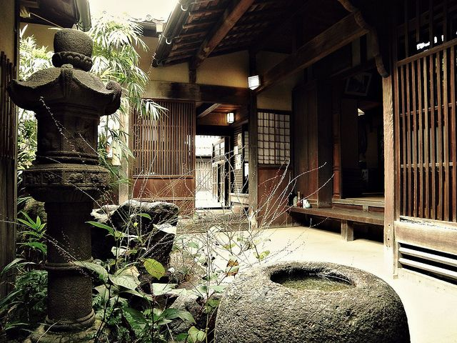 Japanese house! Japanese garden is the most beautiful space I think!XD