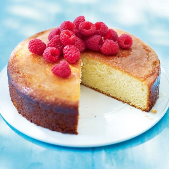 We've used yogurt instead of butter in this lemon, almond and yogurt cake recipe to cut down on the saturated fat. #yoghurtcake