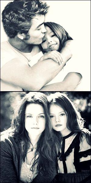 Edward  Bella with Renesmee