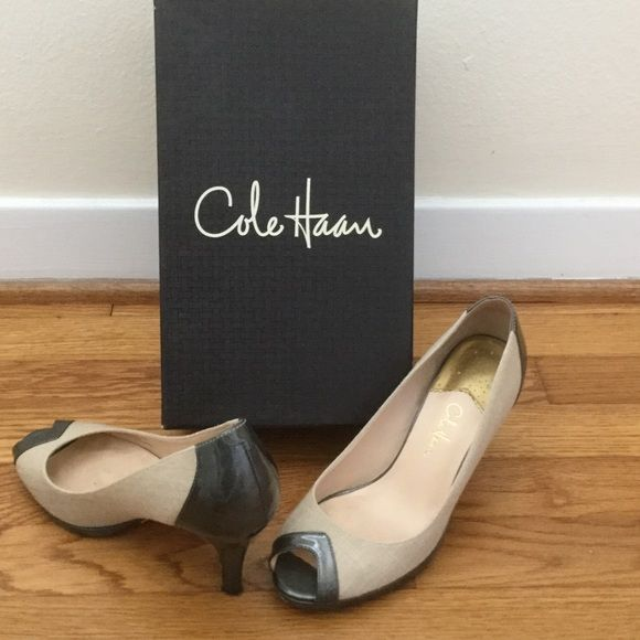 "Cole Haan Nami Air OT Peep Toe Pump Cole Haan Nami Air OT Peep Toe Pump: Grey & Natural Canvas. 3.25"" Heel. From the Cole Haan/Nike Air collaboration. Super comfortable. Office appropriate with a little extra style. Comes from a smoke and pet free home with original box and dust bag. No trades. Cole Haan Shoes Heels"