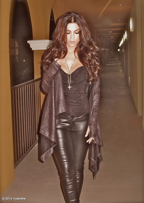 What I aspire to look like again someday...love everything about the whole look!