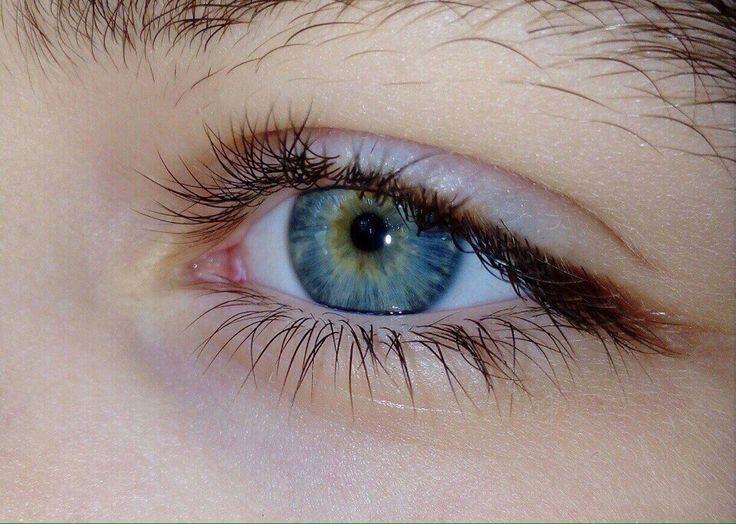 сине карие глаза фото одна самых