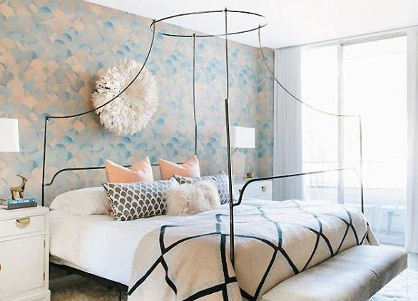 MINIMALIST CANOPY BEDS  From traditional to modern and everything in between, designers across the style spectrum are looking to dark, slim princess beds to outfit master bedrooms. Why? Well, because the strong lines punctuate a space, making a dramatic statement while still keeping the vibe super open and airy.