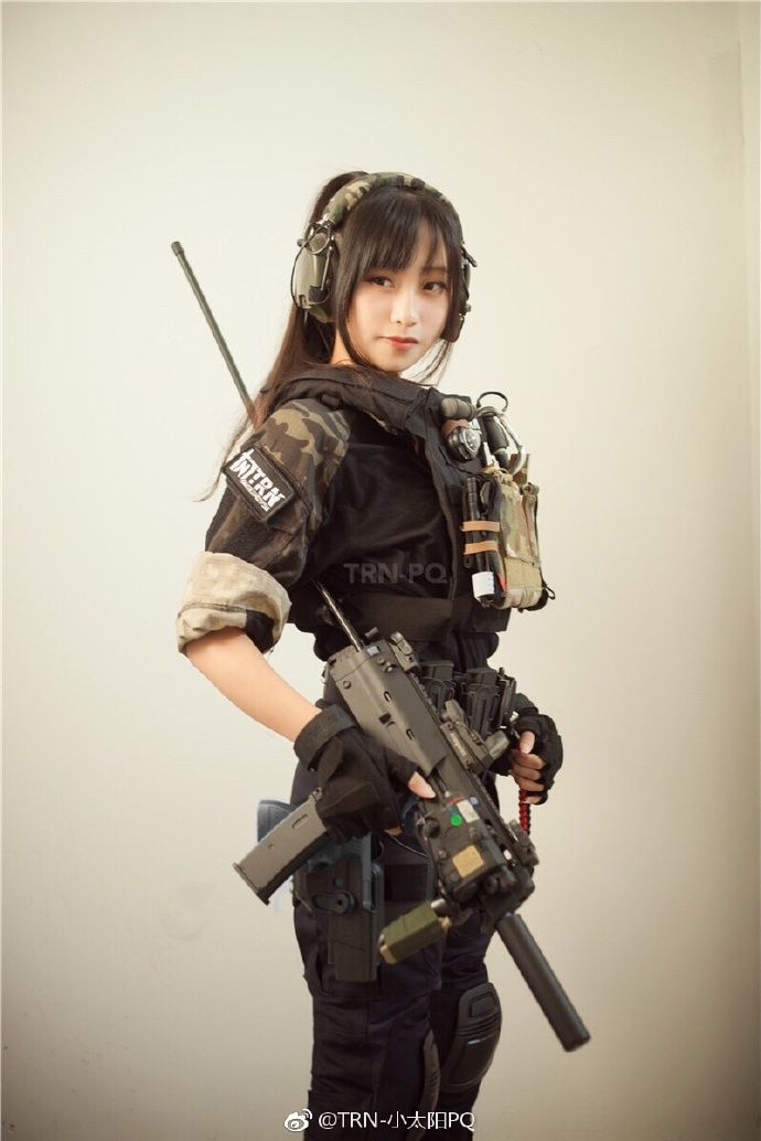 asian-girls-military-anime-girl-pictures