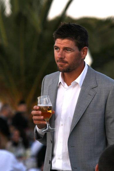 Is right Stevie, off season - grow a grizz and enjoy your San Miguel! Quality snap!