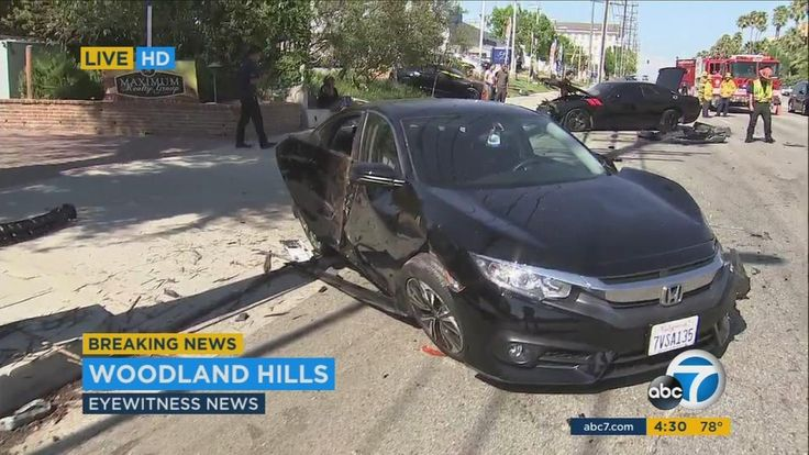 Suspected street race causes 6-car crash in Woodland Hills