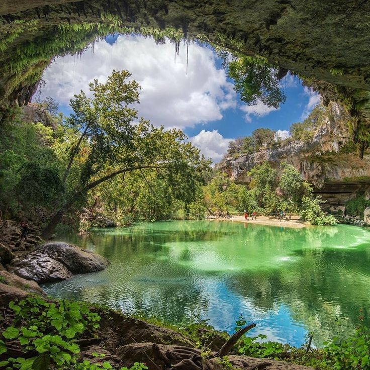 """11.2 mil curtidas, 73 comentários - Destinos Imperdíveis ✈️ (@destinosimperdiveis) no Instagram: """"Hamilton Pool Nature Preserve é uma reserva natural que fica à oeste da cidade de Austin, no Texas.…"""""""