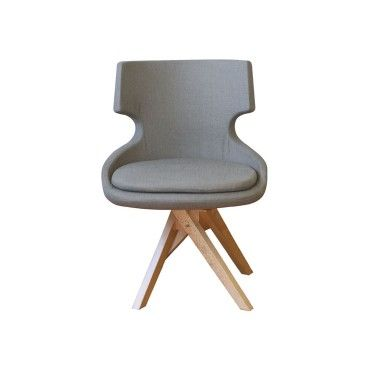 Πολυθρόνα 0104. Πολυθρόνα με ξύλινο σκελετό από φουρνιστή οξιά, σε χρώμα βαφής και χρώμα υφάσματος-δερματίνης επιλογής σας. Κατάλληλη για καφετέριες, μπαρ, ξενοδοχεία.