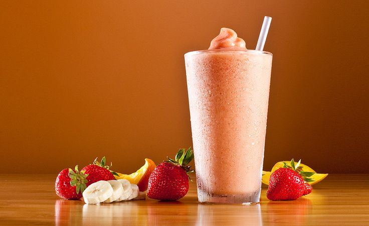 Strawberry Banana Diet Smoothie Recipe   This smoothie recipe uses only a few simple ingredients but packs a lot of flavor and vitamins, as well as a decent amount of protein. Using a blender, mix together a banana, a cup of low-fat milk, a cup of ice, 3/4 cup non-fat yogurt, and five strawberries. This makes a nice thick smoothie, so it will help keep you full for a while and curb and cravings until your next meal. This smoothie contains about 240 calories, 1 gram o fat, and about 45 carbs