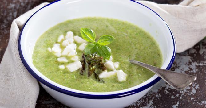 Recette de Soupe light de cresson au fromage frais. Facile