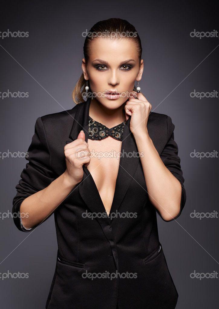 фотосет в черном пиджаке: 14 тыс изображений найдено в Яндекс.Картинках