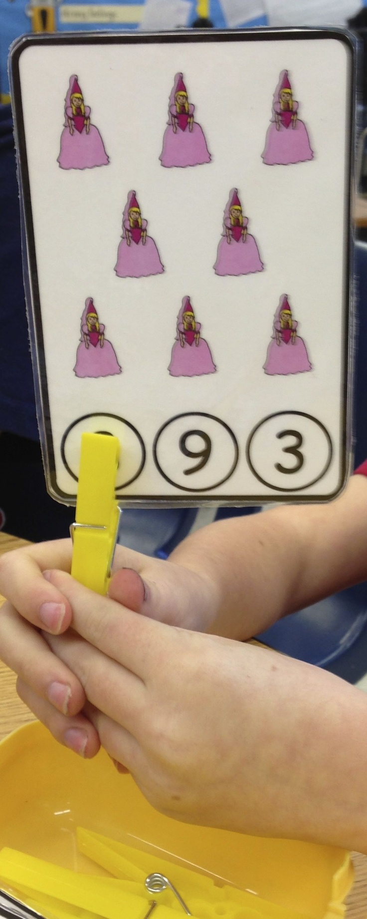 Clothespin cards for teaching counting. Great work independent work and instruction. Check them out at Superteach56's Teachers Pay Teachers store. $