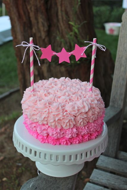 Ruffle ombre cake at a Star Party - I love the bunting topper made using paper straws :0). With rainbow cake would be great!