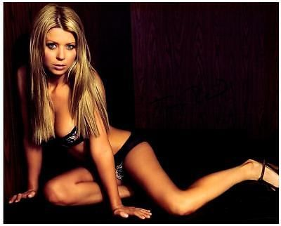 Tara Reid autographed 8x10 Picture signed Photo and COA