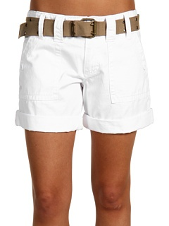 cute! Not too long, not too short!: White Shorts, Fashion, Peace, Shorts A, Summer, Crisp White, Products, The Roller Coasters