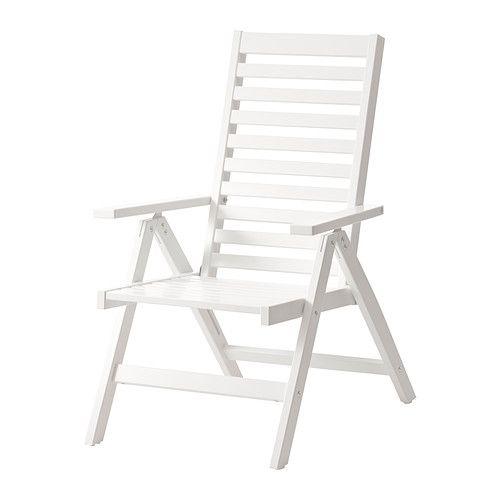 ÄPPLARÖ Regulerbar stol, utendørs IKEA Ryggen kan justeres i fem stillinger. Enkel å klappe sammen og stu bort.