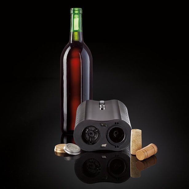 Elliot Cohen has submitted his latest project to Tuvie: Automatic Wine Opener and Foil Cutter. It's an all-in-one electric wine opener that comes with built-in foil cutter where the foil cutter comes with pressure activated sensor that automatically cuts foil from the bottle.