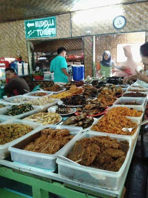 Sundanes buffet