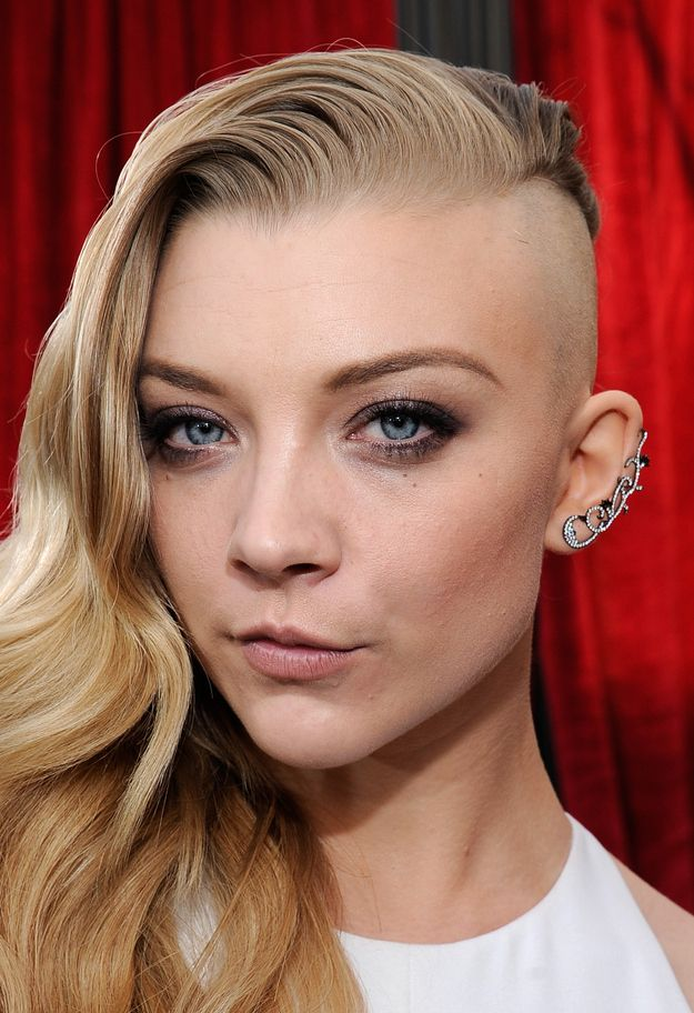 This is Natalie Dormer's new look that she debuted at the SAG awards: | Natalie Dormer Shaved Off Half Of Her Hair