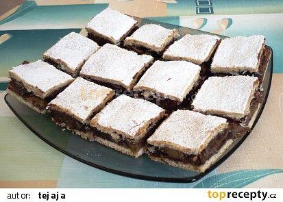 Jablkový koláč s kakaovým pudingem recept - TopRecepty.cz