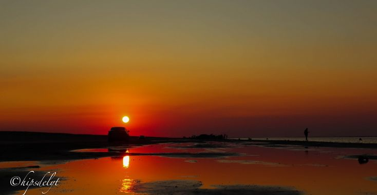 غروب الشمس على شاطئ حميم Autumn Night Photo Sunset