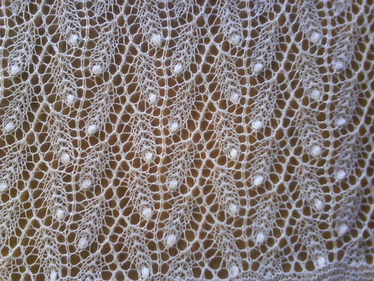 Lace Knitting Patterns | The weeping willow shawl