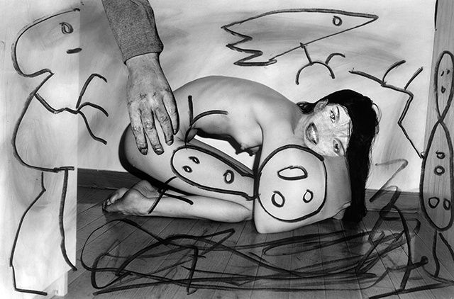 Place of the Inside Out | Photo by Roger Ballen & Asger Carlsen #art #photography #blackandwhite