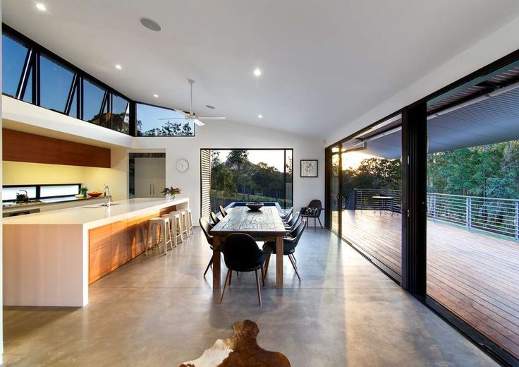 Wallaby Lane House and Studio by Robinson Architects