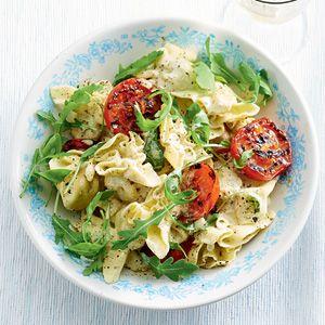 Recept - Pasta met pestosaus en gegrilde tomaten - Allerhande