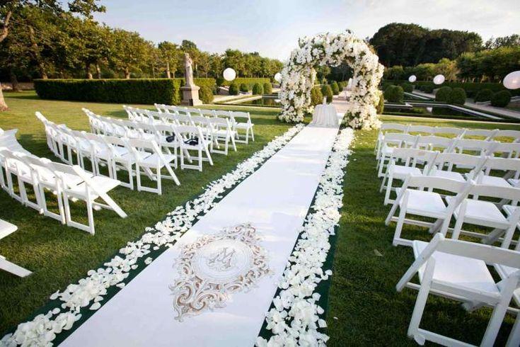 Decorazioni per le nozze all'aperto - Location per la celebrazione all'aperto